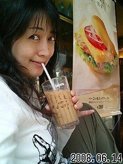 オープンカフェ(^_-)-☆