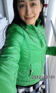 鮮やかな緑(☆.☆)